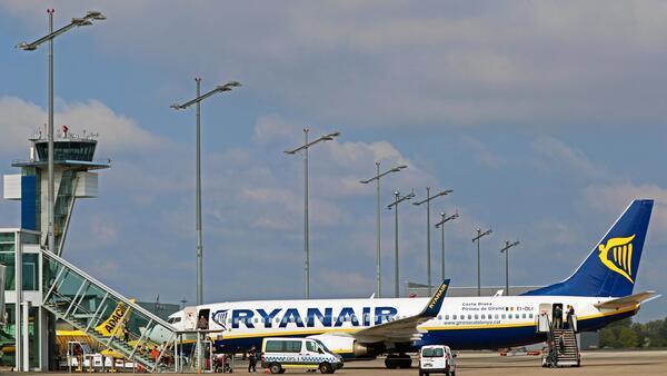 "© Airport Nürnberg"""